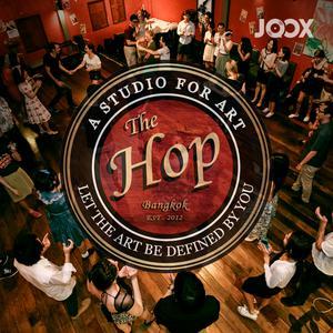 ฟังเพลงต่อเนื่อง The Hop